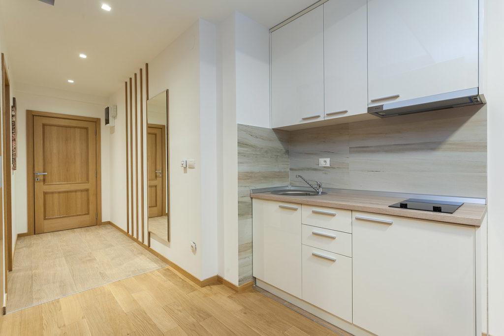deluxe apartman kuhinja