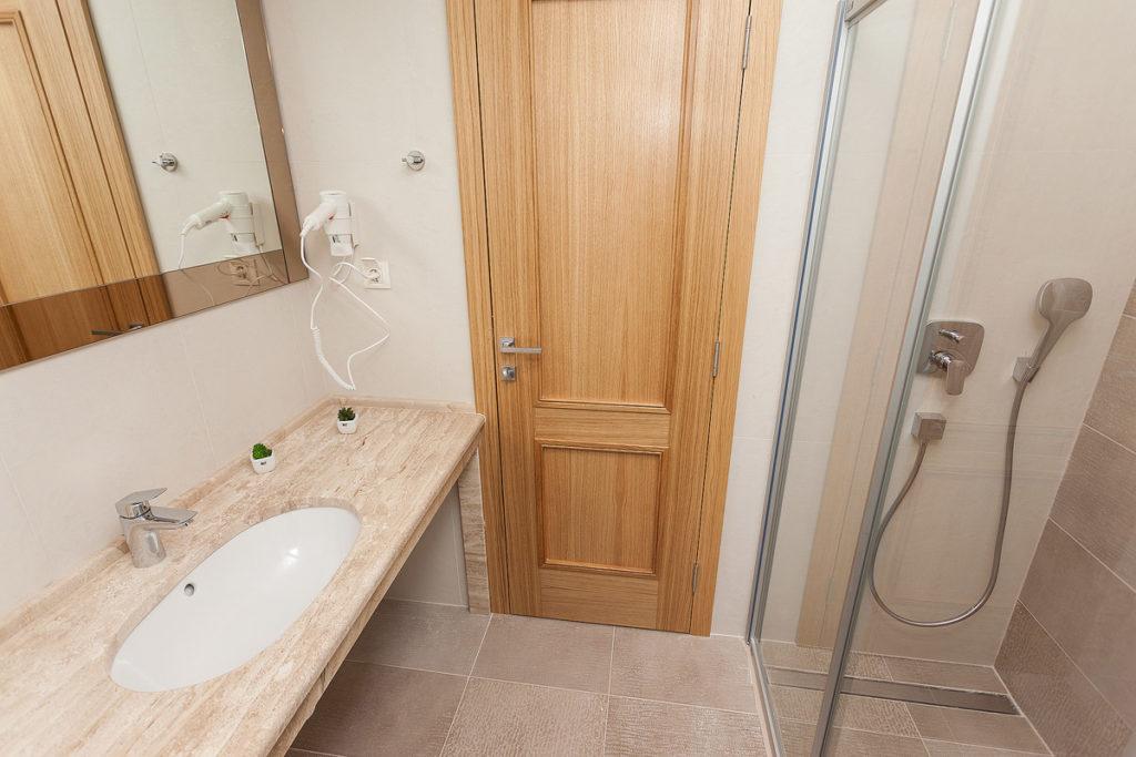family apartman kupatilo 2