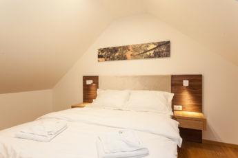 deluxe apartman spavaca soba